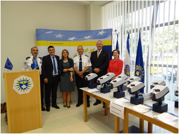 L-R: Captain Fazli Rugova, Head of the Unit for Operational Planning, Kosovo Police; Major Bahri Shala, Head of Narcotics Directorate, Kosovo Police; Ms Yvonne Gogoll, EU Task Manager; Mr Gareth Evans, Resident Twinning Advisor; Ms Jean Caldwell, Project Manager, NI-CO